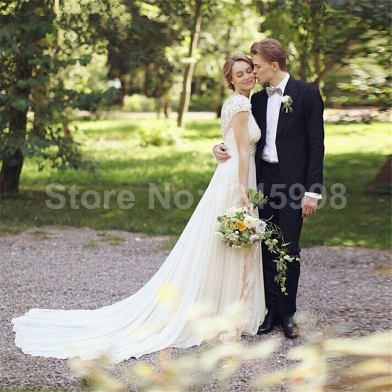 Rustic 2016 New Vintage Garden Cap Sleeve Ivory V neck Lace   Chiffon  wedding dress bridal gown robe de mariage Vestido de noiva-in Wedding  Dresses from ... 0bbf8229cb50