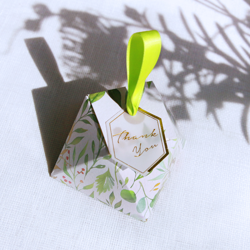 New Diamond Shape Green leaves Forest style Candy Box Wedding Favors And Gift Boxes Party Supplies thanks Gift Chocolate Package in Gift Bags Wrapping Supplies from Home Garden