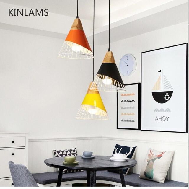 أضواء معلّقة خشبية حديثة مصباح ملون من الحديد مصباح إضاءة لغرفة الطعام مصباح متدلي للإضاءة المنزلية