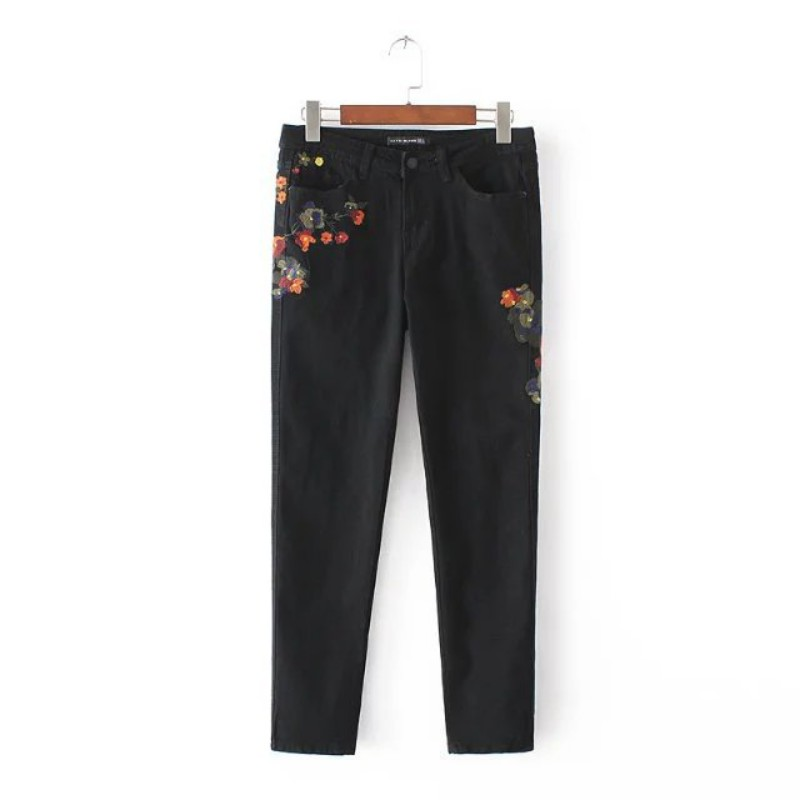 Flower Embroidery Jeans Female Vintage Casual Pants Autumn Winter Pockets Straight Jeans Women Bottom flower embroidery jeans female blue casual pants capris 2017 spring summer pockets straight jeans women bottom a46