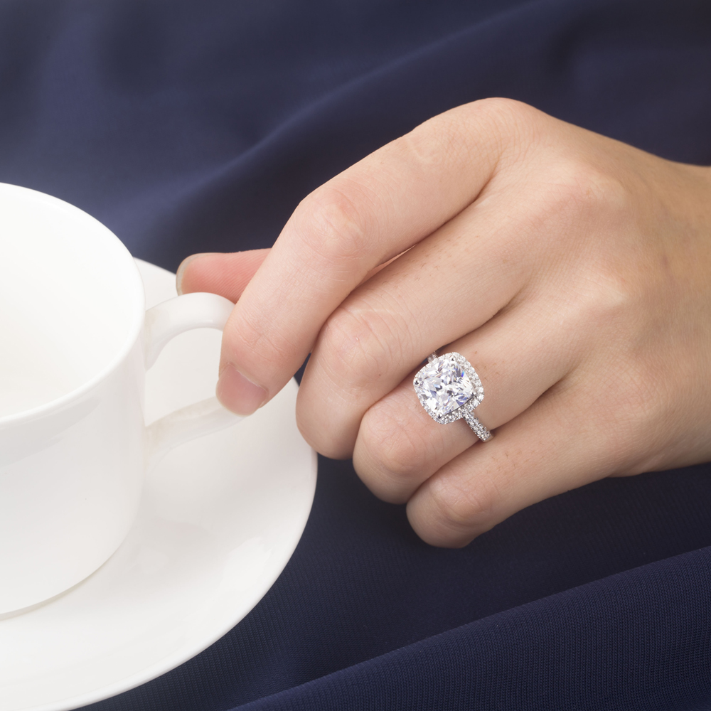 Brand-new Brand Luxury Design 2Ct Cushion Cut Moissanite Engagement Ring 14K  JC06