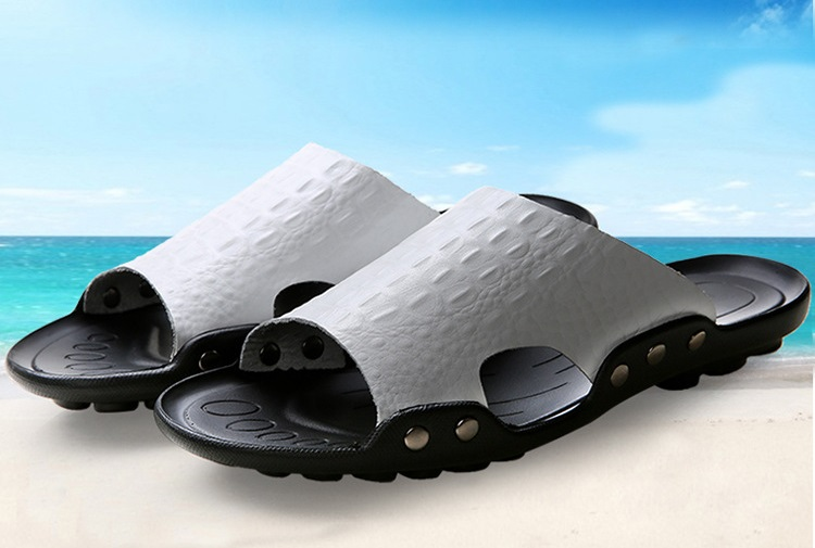 2018 New Men Genuine Leather Holiday Beach Shoes Flip Flops Men`s Casual Flat Shoes Sandals Summer Slippers For Men (12)
