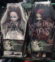 Living Dead Dolls Scary Tales Vol.4 Snow White Horror Evil Stepmother The Queen 26cm Mezco Action Figure Toys