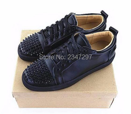 ФОТО 2017 New Style Luxury Designer Lace Up Casual Shoes Men Spikes Flat Low Top Studded Studs Rivet Male Shoes Man Zapatillas Hombre
