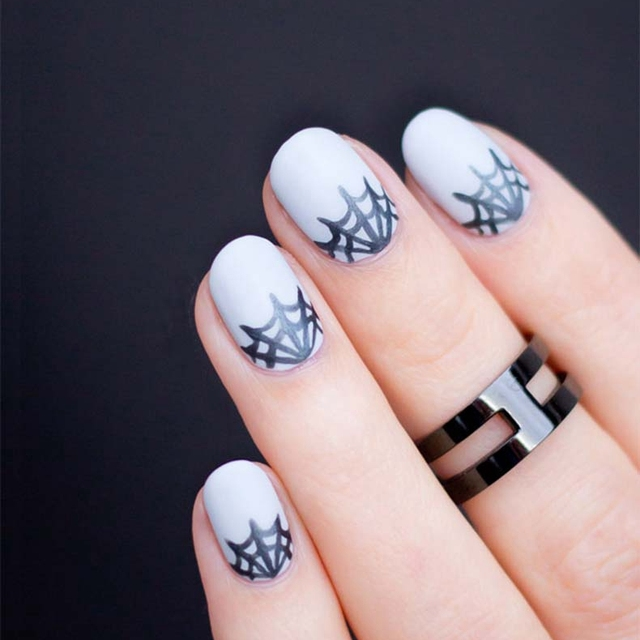 Halloween\'s Party Spider Web Drawing Nails Punk Girl Nail Art Design ...