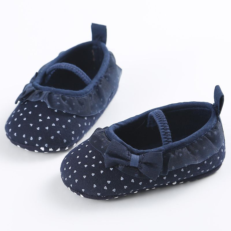 Hot Newborn Bowknot Dot First Walker Baby Girl Lace Shoes Prewalker Anti-Slip Baby Shoes 2017