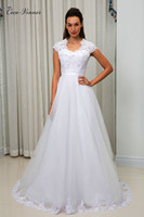 Short Sleeve V Neck A line Tulle Wedding Dress Beading Lace Appliques White Custom Made Bridal Wedding Gowns China W0028