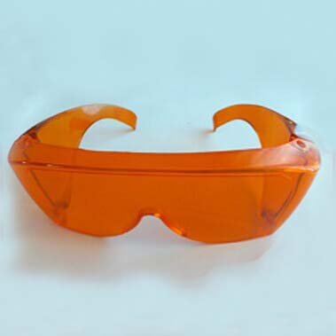 ФОТО 200-450nm laser safety eyewear with O.D 4+ CE Certified