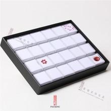 24 قطع/صينية gemstone علبة بلاستيكية شفافة اللون الأسود والأبيض الماس عرض علبة جوهرة مربع أو gemstone المنظم