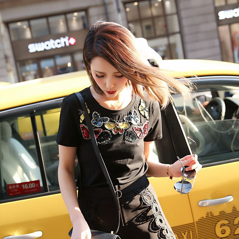 DANCING WINGS 2017 Spring and Summer Short Sleeve Women tops Sequins Embroidery Butterfly Pattern Cotton T shirts Black White