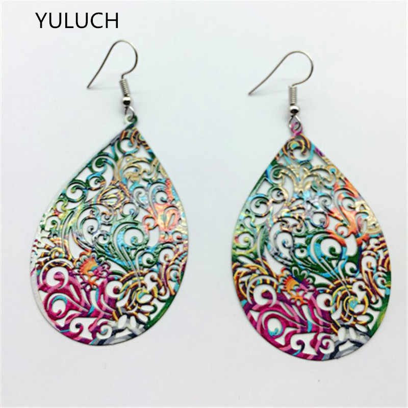 new arrival pair unfinished nice Green peacock leaf wood earrings  jewelry  2016 new design  2016 new arrival  simple
