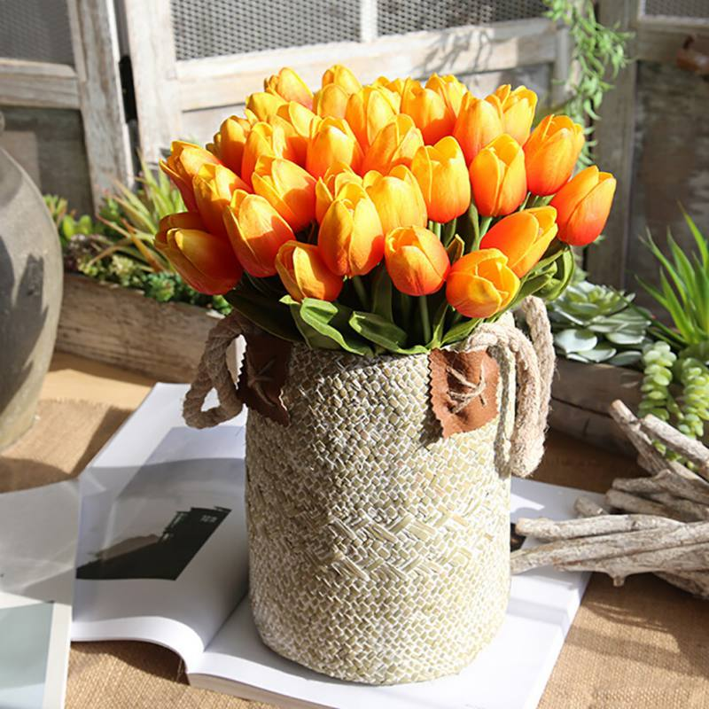 Family Party Holiday Decorated Miniature Tulip Flower Real Touch Wedding Flower Rayon Bouquet Elegant Pleasure Mood