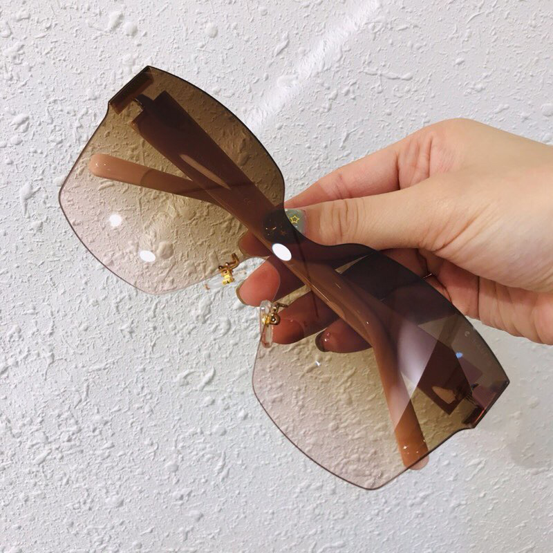 Fashion Rimless Square Sunglasses Women New Big Frame Sun Glasses Summer Style Oversize Female Shades UV400