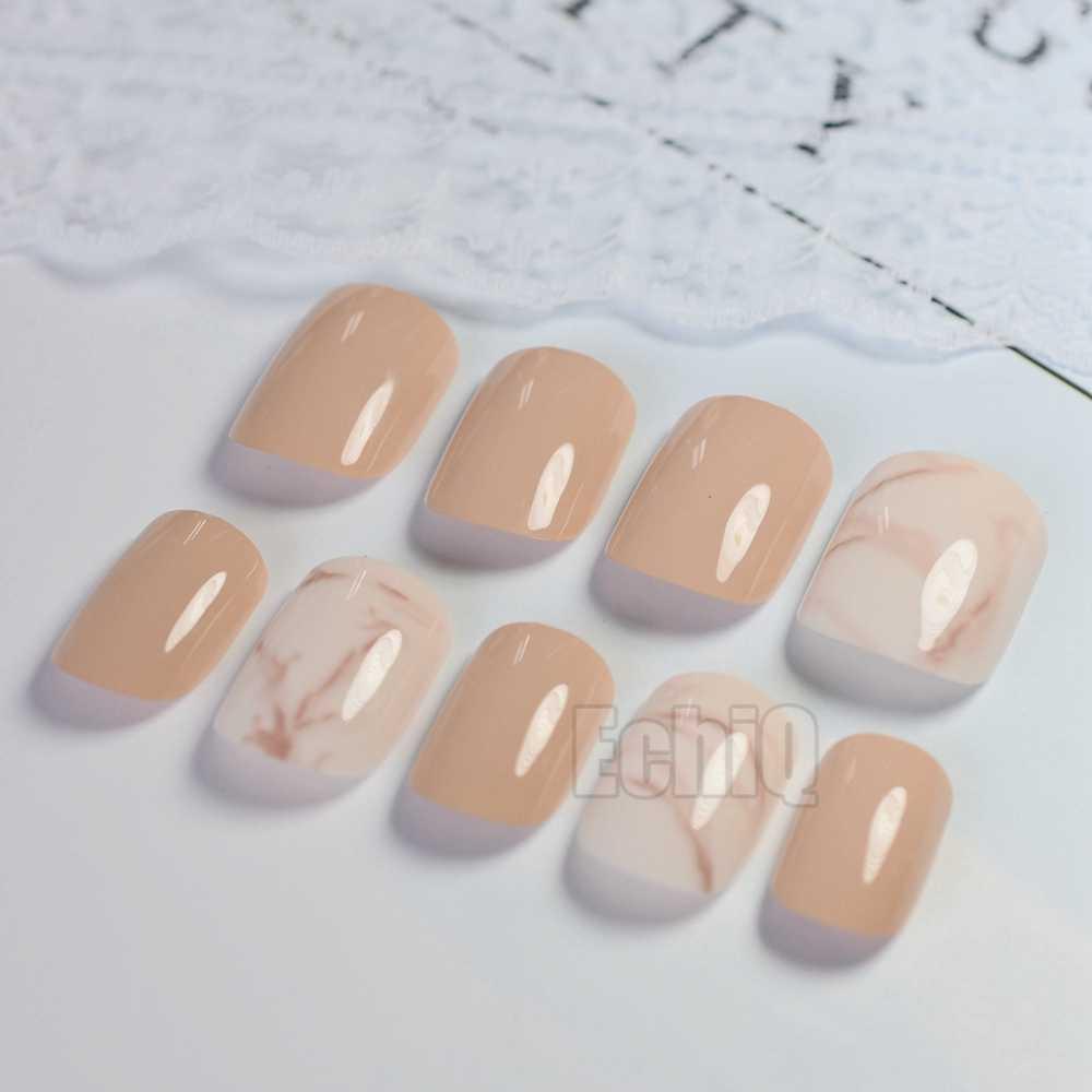 Moda nude unhas falsas mármore branco curto imprensa em unhas brilhante perfeito para uso diário com adesivo de cola