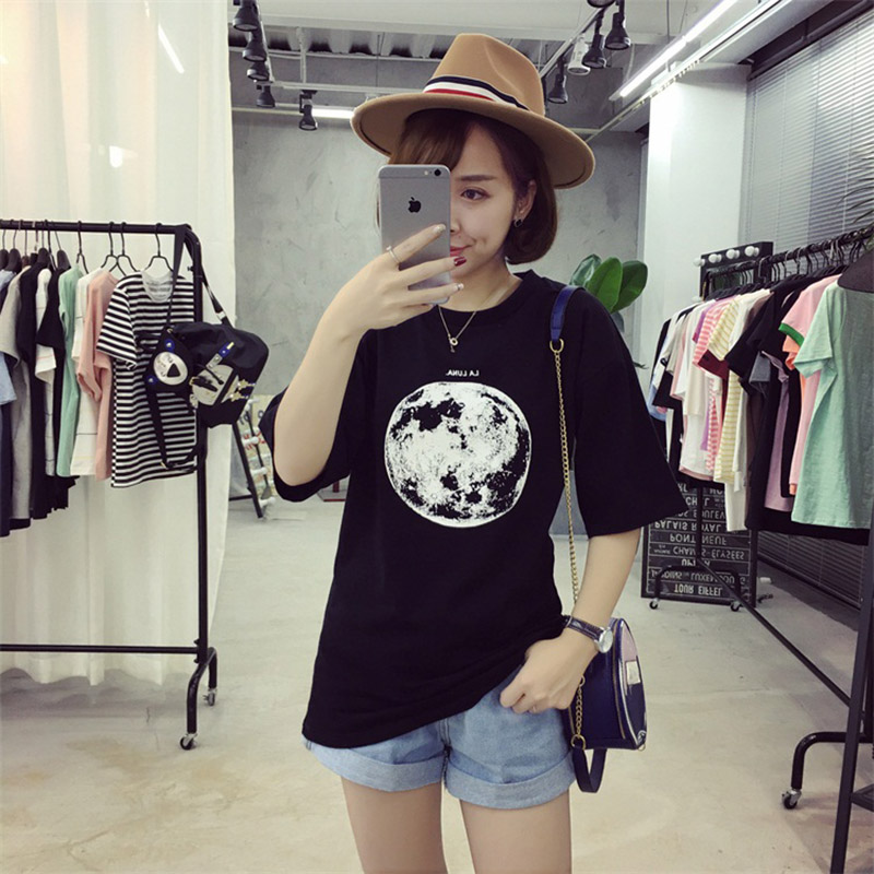 Chic Summer New Personality Planet Moon Printed Loose T Shirts Women Slim Leisure Short Sleeve White T-shirt Female Top M-XXL