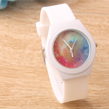 Fashion Casual Luminous Quartz Watch Women Soft Silicone Jelly Lovers' Watches Creative Star Sports Wristwatch Students Clock