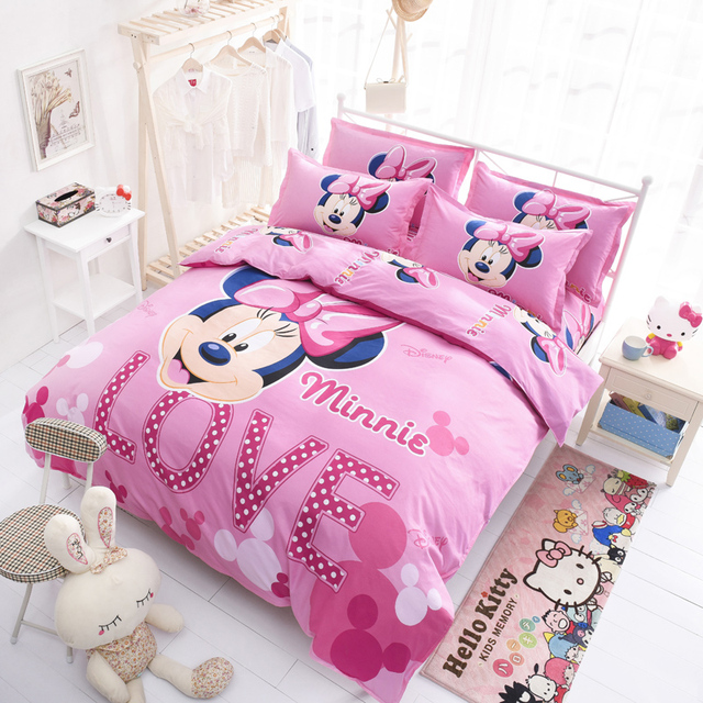 Pink Minnie Mouse Bedding Set