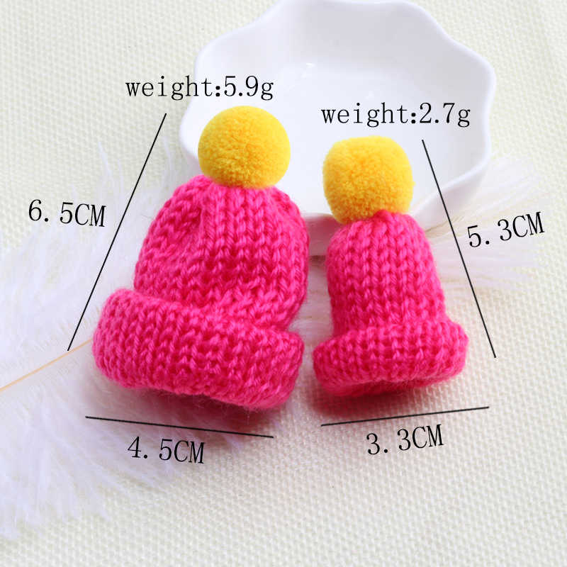 2 Pcs/set Kawaii Fashion Hairball Knitted Hat Brooch Pin Mini Cute Hats Sweater Brooches Women Accessories Gift Collar Badge Pin