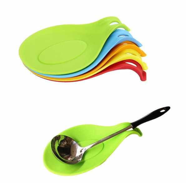 1Pcs Silicone Spoon Insulation Mat Silicone Heat Resistant Placemat Drink Glass Coaster Tray Spoon Pad Kitchen Tool Accessory