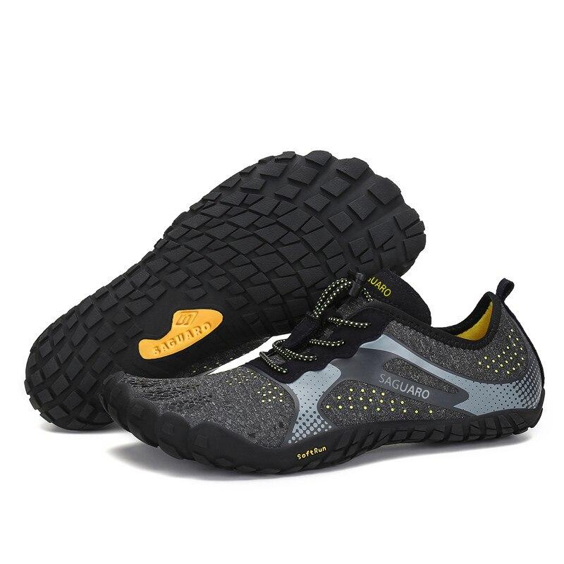 Été eau chaussures hommes plage sandales en amont Aqua chaussures homme séchage rapide rivière mer pantoufles plongée natation chaussettes Tenis Masculino