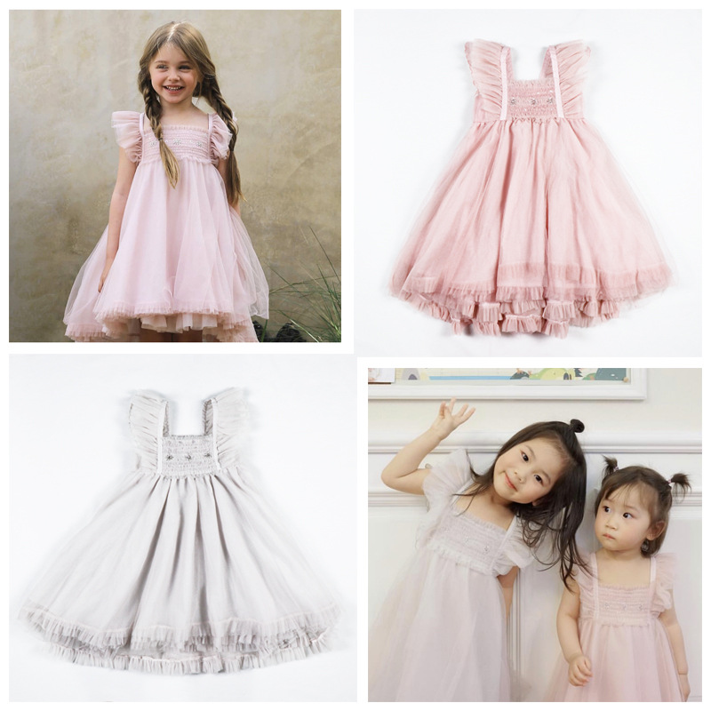 INS Hot 2019 Tutu Girl Ball Gown Dress Spring and Summer New Girls Baby Sleeveless Vests Dress Gauze Butterfly Embroidery DressINS Hot 2019 Tutu Girl Ball Gown Dress Spring and Summer New Girls Baby Sleeveless Vests Dress Gauze Butterfly Embroidery Dress