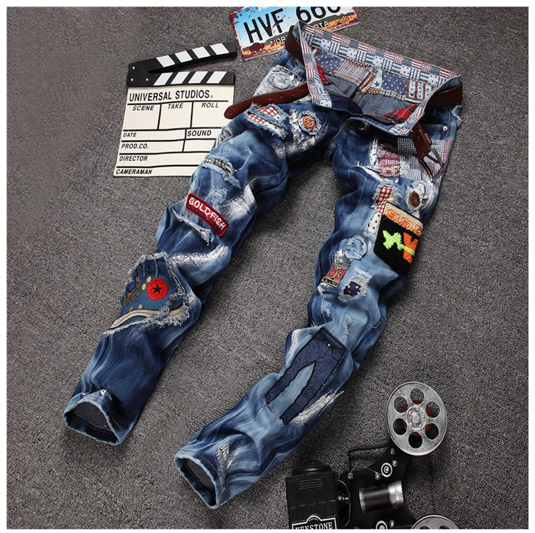 Personality Badge Patchwork Jeans Men Ripped Jeans Fashion Brand Scratched Jeans Hole Denim Straight Slim Fit Casual Pants new men denim jeans pants scratched patchwork hole beggar trousers fashion straight slim casual vintage mens distressed pants