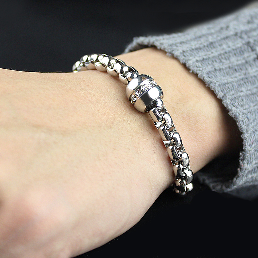 2018 New Charm Fashion High Quality Stainless Steel Charm Bracelets Mens Male Jewelry Accessory For Women Bracelets Gold / Silve