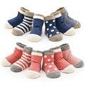 Calcetines del bebé recién nacido de 0-3 años de bebé y el bebé chica 4 par/lote calcetines a rayas de algodón de Todos los niños ropa y accesorios