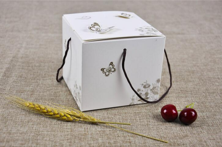SIZE: 11.5*11.5*10cm Cake Box With Handle Packaging Baby Shower Birthday Packing White butterfly Gift Boxes