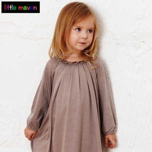 Детское платье с воротничком