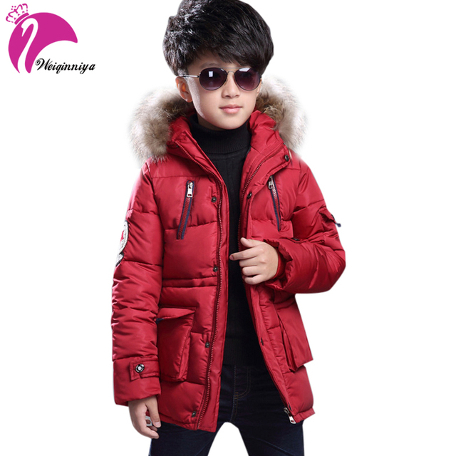 Новинка 2017 года, детская зимняя куртка для мальчиков, модное плотное длинное пальто с меховым капюшоном и хлопковой подкладкой для мальчиков, однотонная парка, детская одежда, верхняя одежда