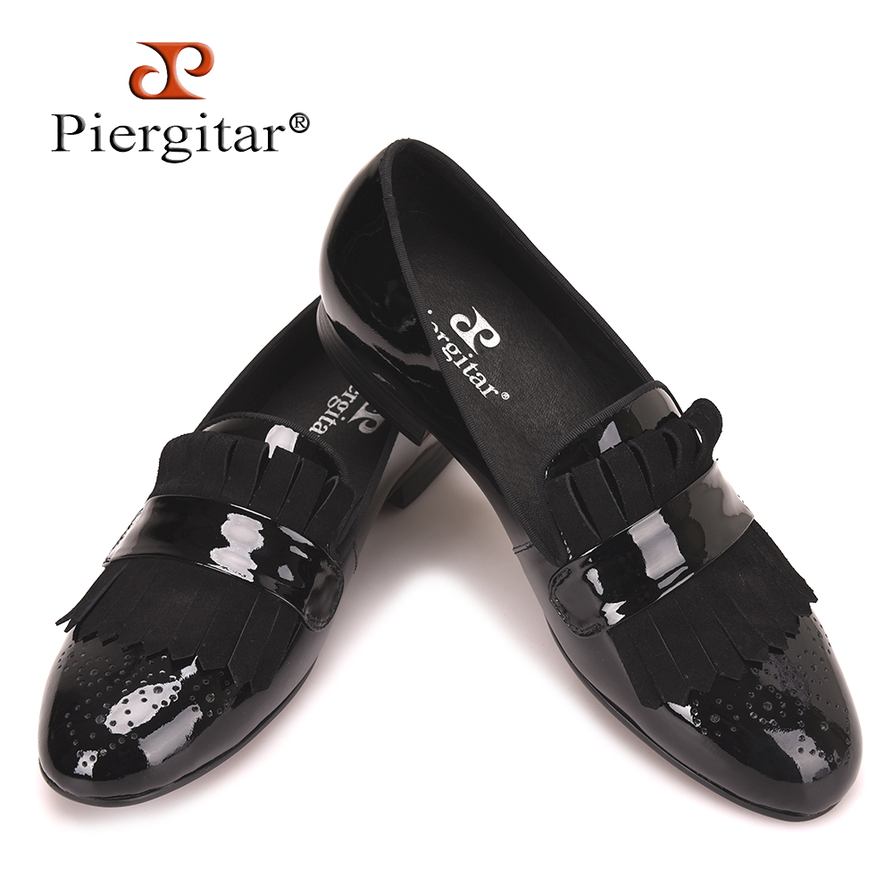 Piergitar 2018 new style Handmade Men Patent Leather shoes with Classical Brogue Printing and Suede Fringe Party men loafers