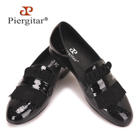 Piergitar new style Handmade Men Black Patent Leather shoes with Classical Brogue Printing and Suede Fringe Party men loafers