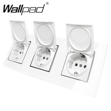EU Socket has Dust Cap CE Wallpad Luxury Crystal Glass Triple Frame 16A Plug Wall with Claws Mount
