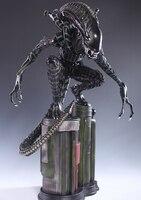 1/4 scale Alien Full Body 60cm Felt a crouching like AVP Alien Warrior hand model furnishing articles