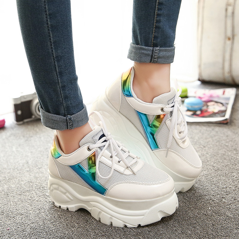 Women Casual Shoes 2015 Harajuku Retro Trifle Thick-soled Tire Platforms Big Head Shoes Super Heights Laser Shoes women harajuku cartoon lace up wedges platform shoes 2015 casual shoes trifle thick soled graffiti flat shoes ladies creepers