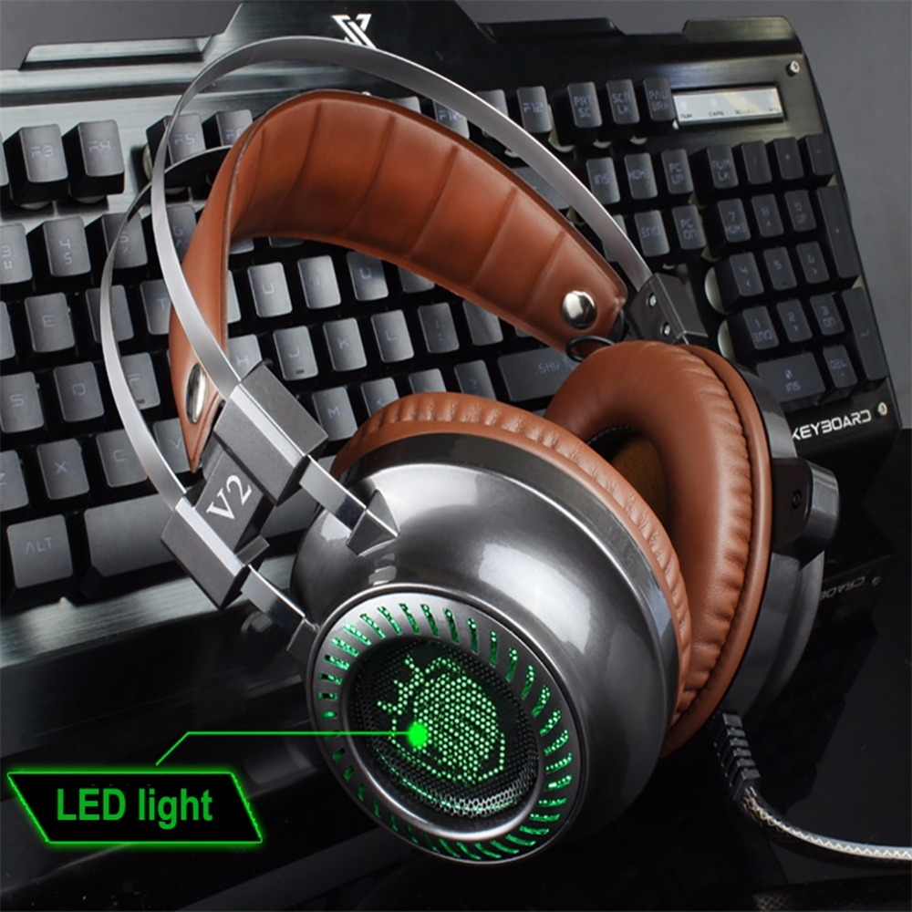Juego de Auriculares auriculares jugador luz LED alta fidelidad MP3 auriculares micrófono para computadora estéreo V2 PC de juegos de luz fone de ouvido