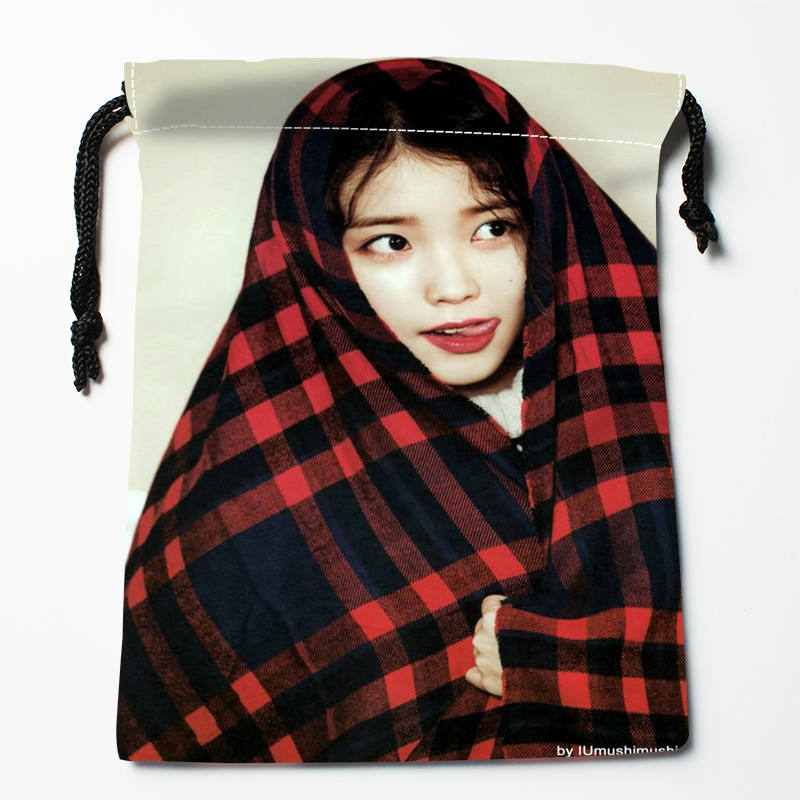 High Quality Custom IU Printing Storage Bag Drawstring Bag Gift Satin Bags 27x35cm Compression Type Bags
