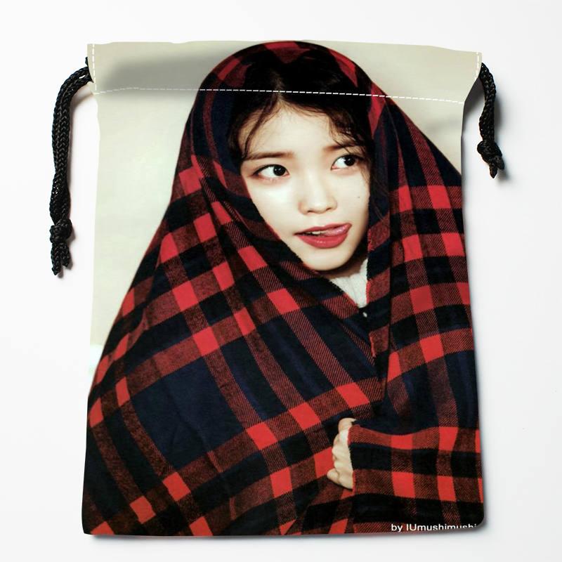 High Quality Custom IU Printing Storage Bag Drawstring Bag Gift Satin Bags 27x35cm Compression Type Bags
