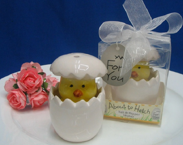 New Arrival ! Wedding favors- Ceramic about to hatch  Salt and Pepper Shaker Wedding Gifts For Guests, 200 setslot