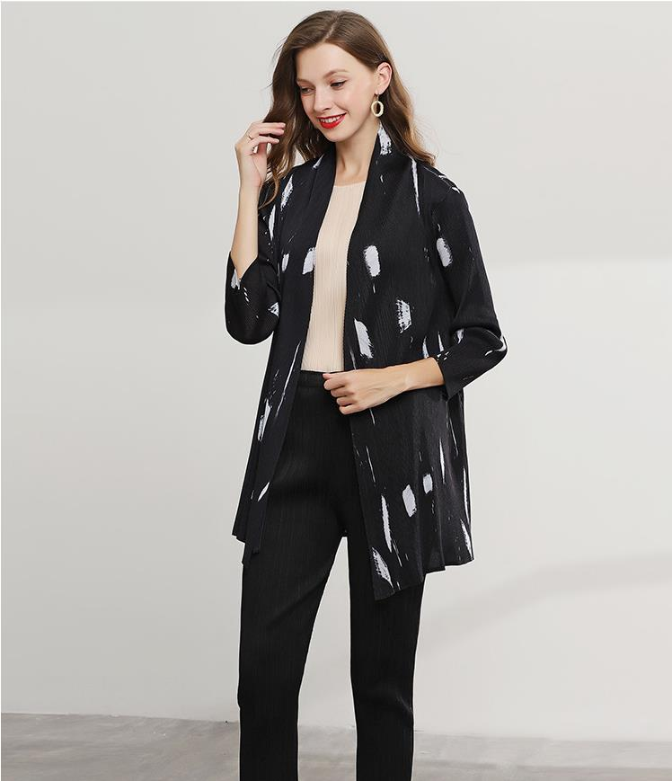 Miyake плиссированная короткая куртка летняя новая мода дикая оригинальная рубашка свободный платок для защиты от солнца Женская Бесплатная доставка sanzhai