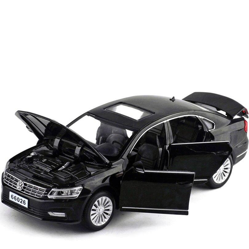 1/32 Passat маленький поезд модель сплава отступить ЧЕТЫРЕ S дверная игрушка автомобиль коллекция Рождественский подарок украшение детские игр...