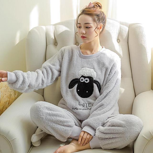 Regalo de las mujeres Adultos Franela Pijamas mujer Adultos de Dibujos Animados Mujeres Calientes Gruesos Conjuntos de Pijamas ropa de Dormir Para Damas Ropa de Dormir Femenina