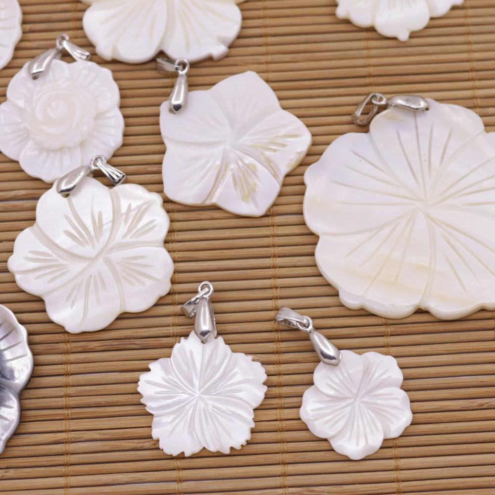 Купить с кэшбэком Flower Shell Pendant Natural Mother of Pearl Jewelry Beauty 25mm-45mm Choose
