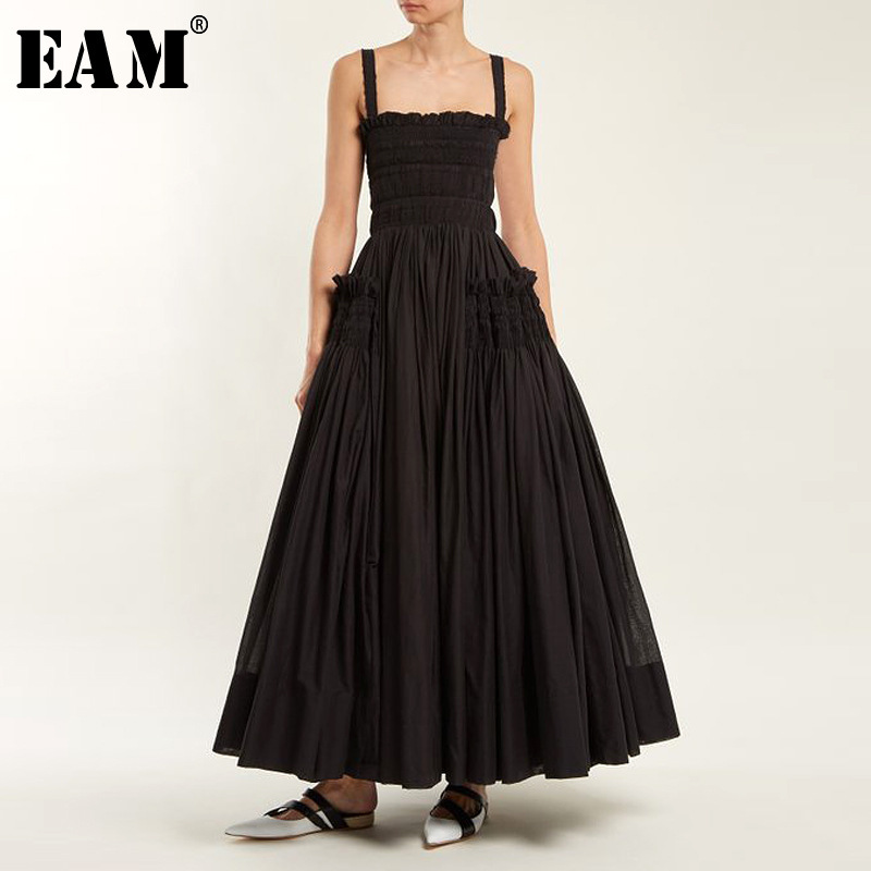 [EAM] 2020 Spring Summer Fashion New Solid Color Casual Women White Sling Backless Pleated Shrink Waist Slim Vintage Dress LA670