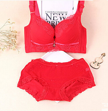 New 2015 Sexy Underwear Women Bra Set Deep-V Lace Bra Brief Bra&Panties, Sexy Lace Brand Push Up Lingerie Set Q0069