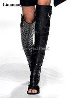 Для женщин роскошный черный текстура Кожаные Сапоги выше колена на не сужающемся книзу массивном каблуке Гладиатор Сапоги сзади вырез длин