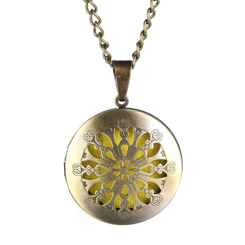 Sweater Chain Brass pendant Prettiest Women Flower Open Hollow Aromatherapy Essential Oil Diffuser Necklace Jewelry Accessories