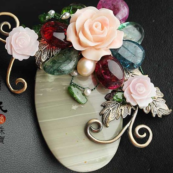 Natural Semi-precious Stone Brooch Pendant double use Sea Shell Flower Pins For Women Jewelry Free Shipping natural semi precious stone brooches pins with freshwater pearl butterfly free shipping women jewelry pendant