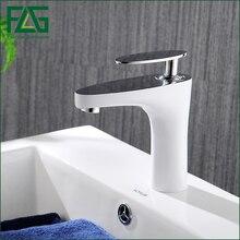 купить Baked white paint basin faucet white faucet Bathroom Vessel Sink Lavatory Basin Faucet/white color mixer tap 9003W по цене 4216.59 рублей